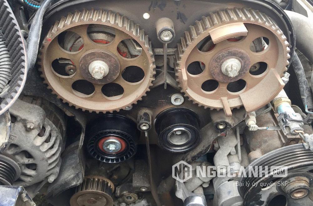 Nhiệt độ của động cơ xe chạy tăng bất thường là do sự quá tải của vòng bi ô tô